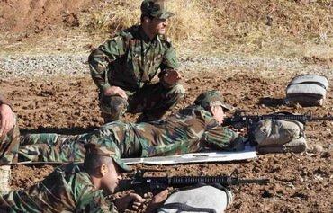 نیروهای عراقی و پیشمرگه اهداف داعش را در کوه های مخمور آماج حملات شدید قرار می دهند