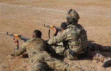 تدريبات التحالف الدولي تدعم القوات العراقية في الحرب ضد داعش