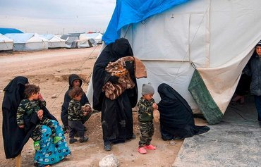 'Ticking time bombs': al-Hol camp children at risk